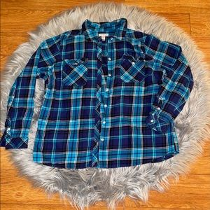 ‼️🛑SOLD🛑‼️ Cute and comfy flannel